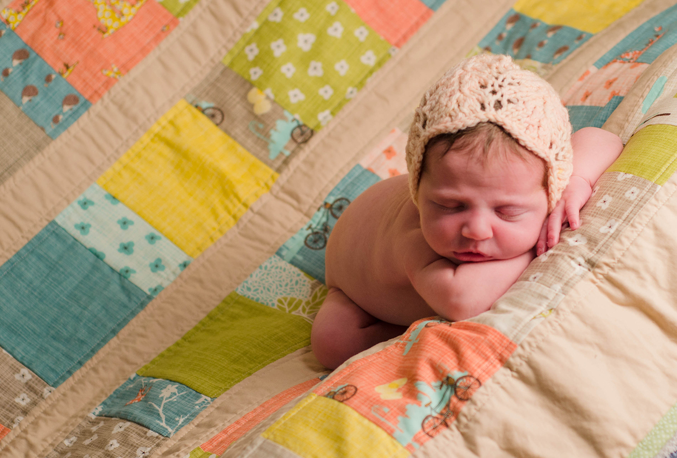 Organic, natural, vintage-inspired, newborn photography Pittsburgh PA. Julie is one of Pittsburgh