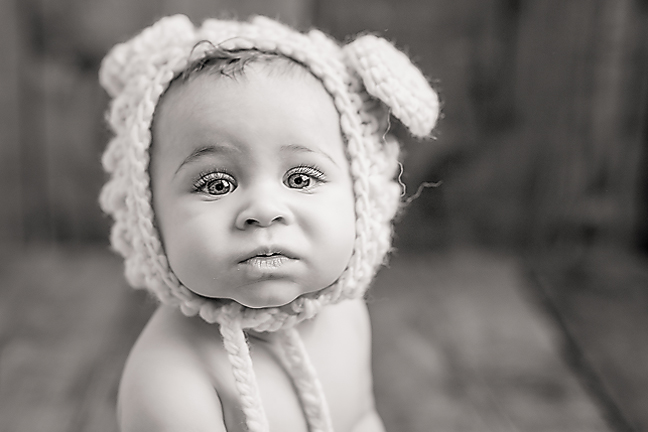 Baby Photographer in Pittsburgh. Julie Bradley is Pittsburgh